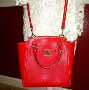 DOONEY & BOURKE RED SAFFIANO CROSSBODY